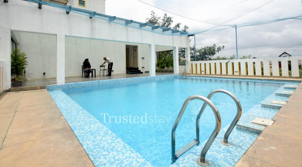 swimming pool | serviced apartments in Indiranagar