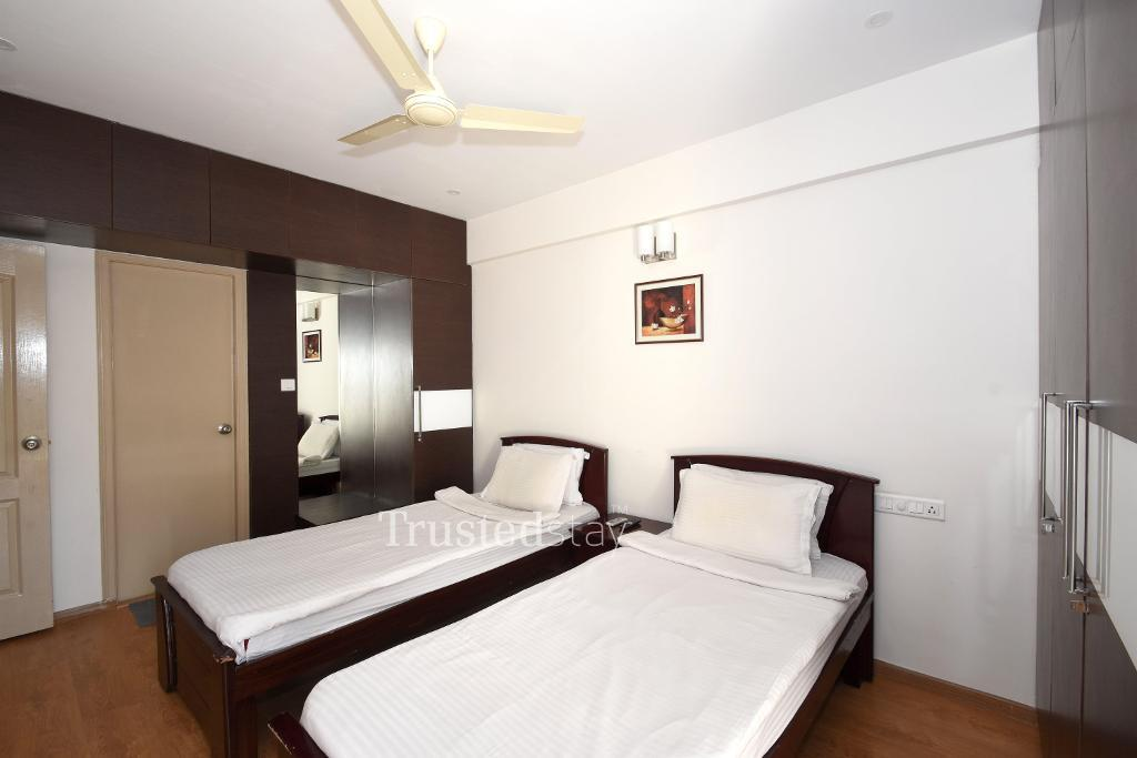 Serviced Apartment in Bangalore | Master bedroom front view