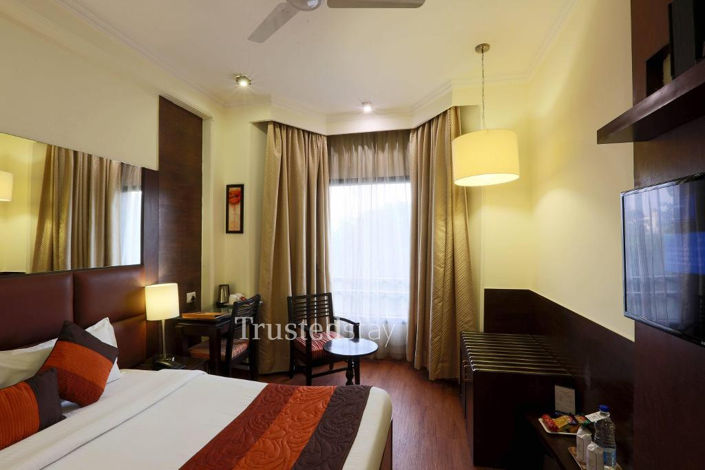 Side view  | serviced apartments in New Delhi