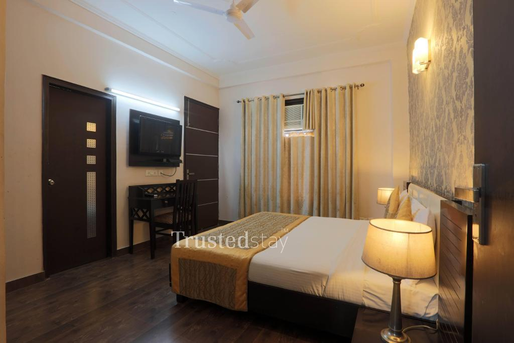 Bedroom | Service Apartments in  Vasant Kunj, Delhi-NCR