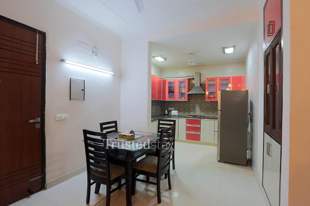 Dining area | Trustedstay Service Apartments in Delhi-NCR