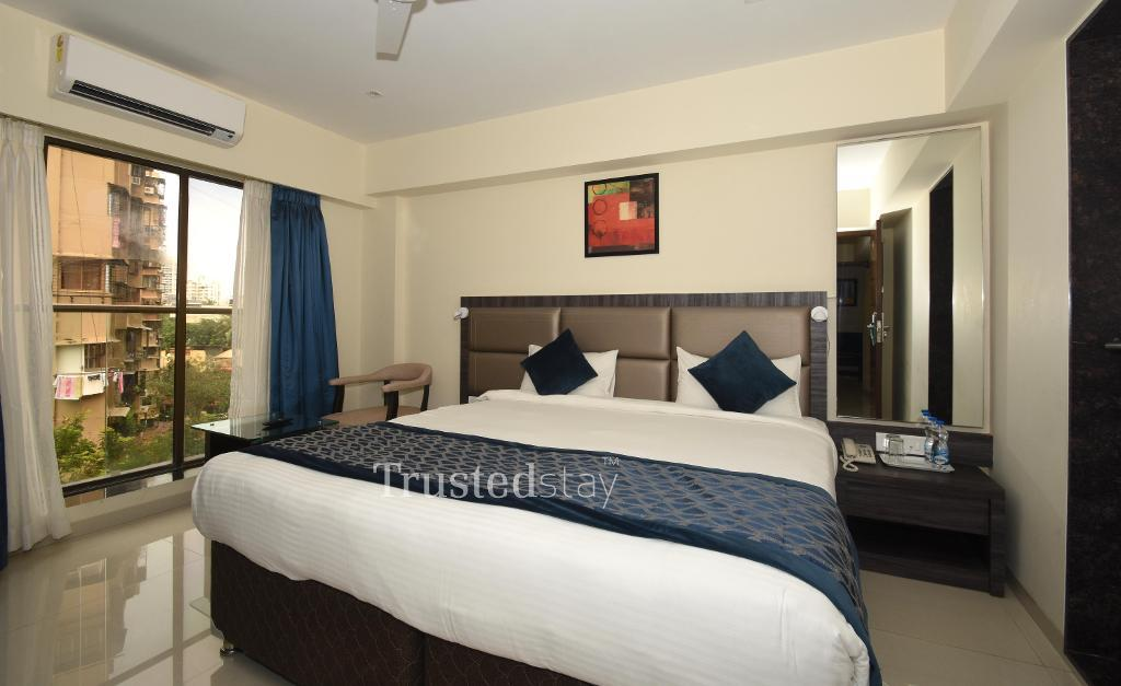 Master Bedroom | Service apartments in Mumbai