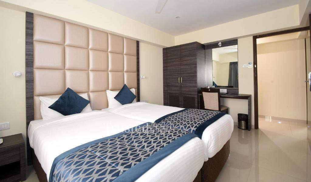 Double Bed room | Service Apartments in Mumbai