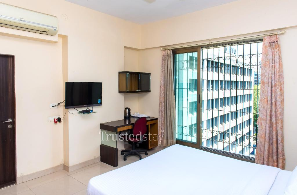 Mumbai service apartments | Master Bedroom front view