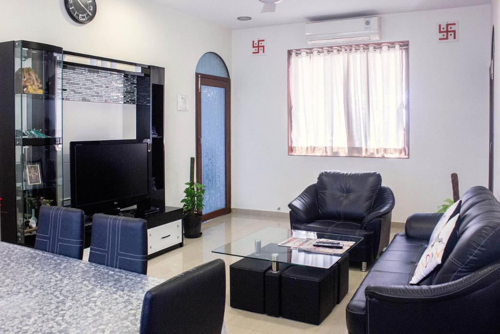 Living area | fully furnished Service Apartment in Worli, Mumbai